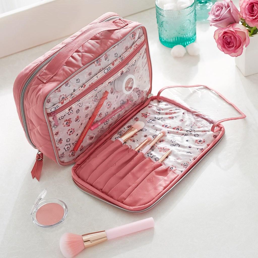 vera bradley makeup bag
