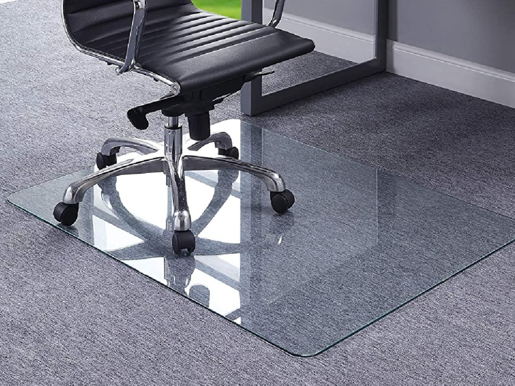 carpet floor with tempered glass mat
