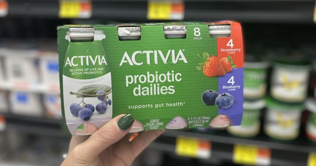 hand holding a box of Activia Probiotic Dailies