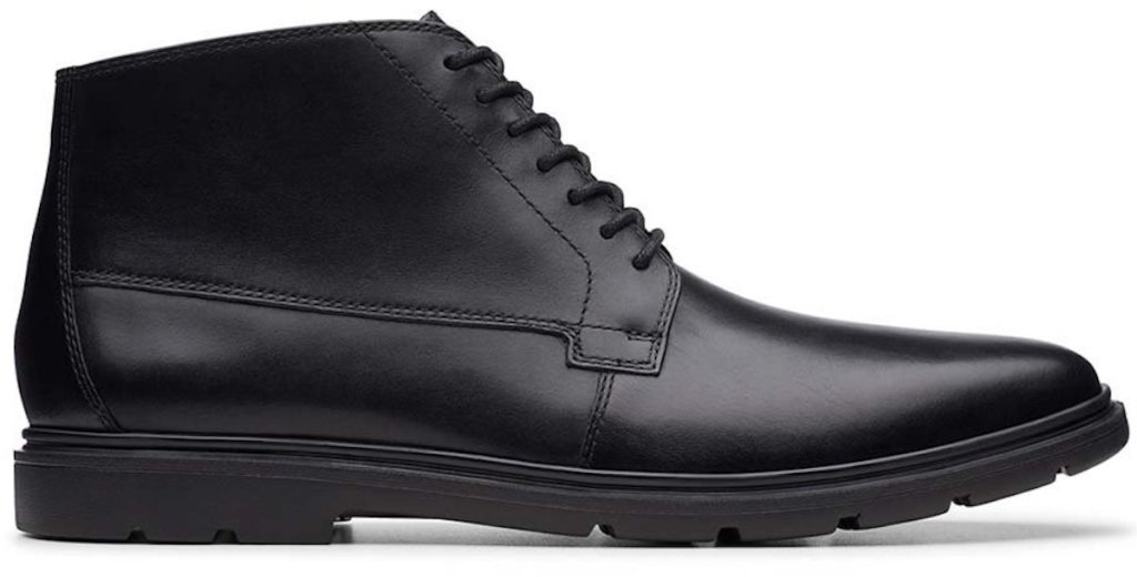 side view of black pair Clarks Luglite Mid Leather Chukka Boot