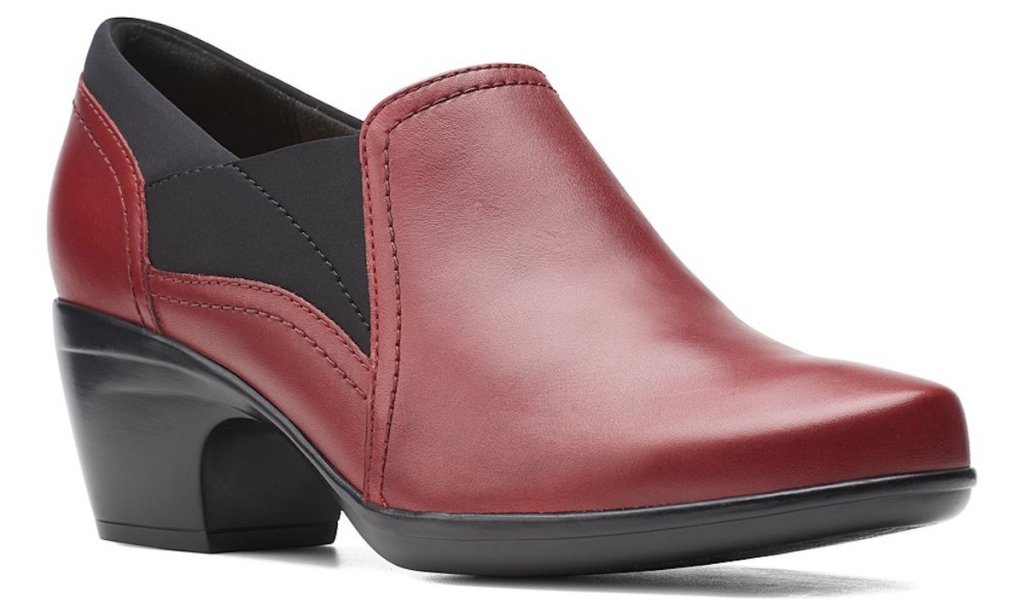 red leather womens clark pumps