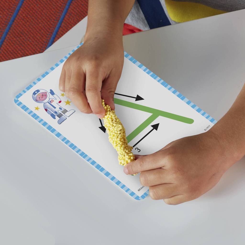 kid playing with Educational Insights Playfoam