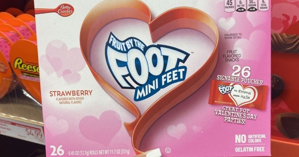 Fruit by the Foot mini feet