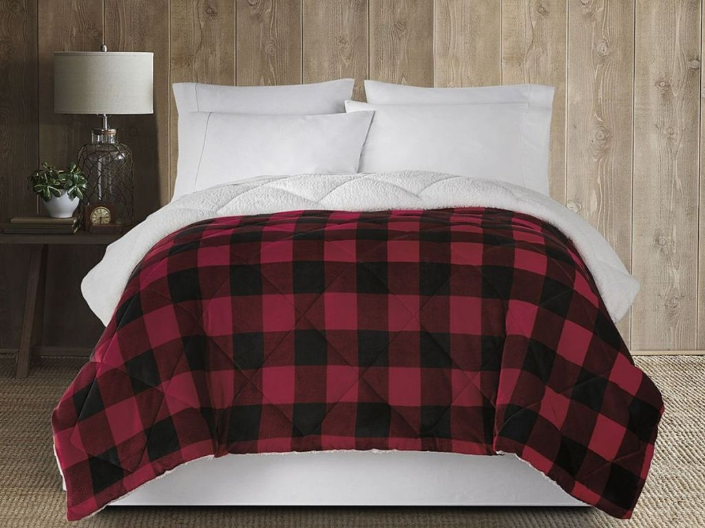 Home Expressions Sherpa Comforter