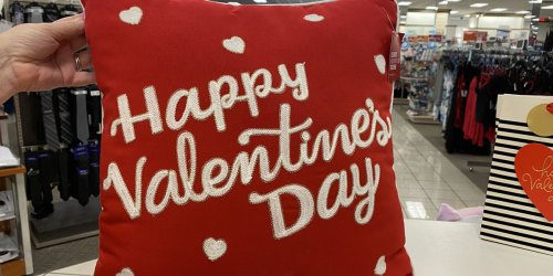 Valentine's Day Decor from $7 on Kohls.com | Throw Pillows, Wreaths, Kitchen Towels & More