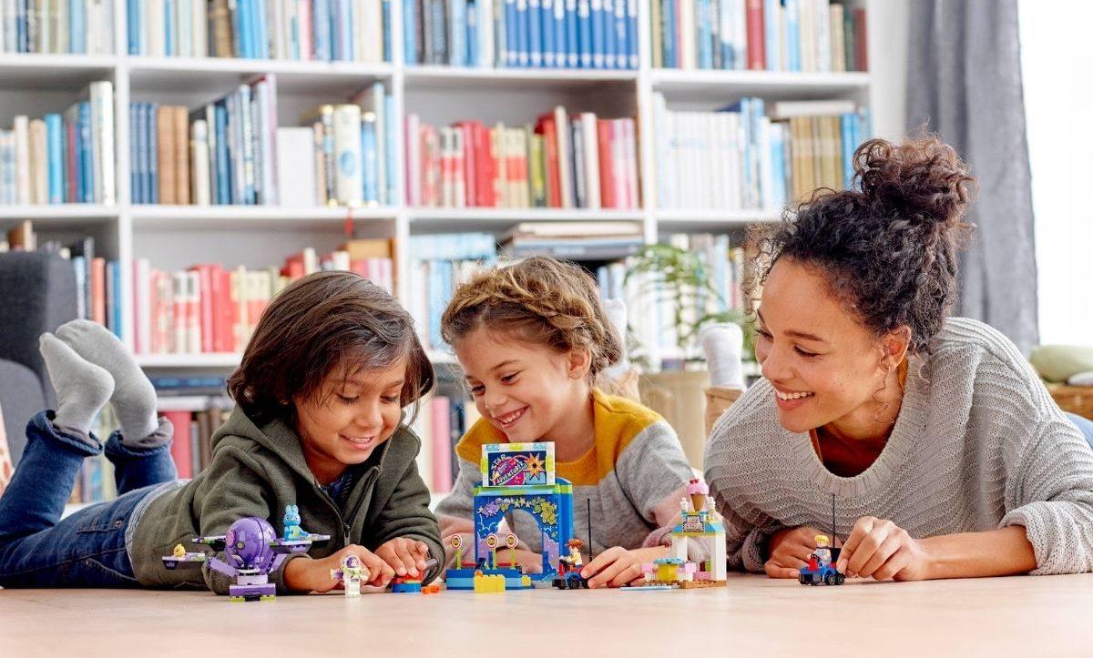 Lego Disney Pixar Toy Story 4 Carnival
