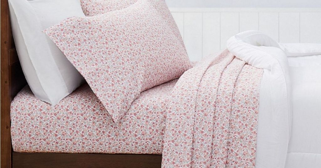 Macys Martha Stewart Sheet Sets on bed