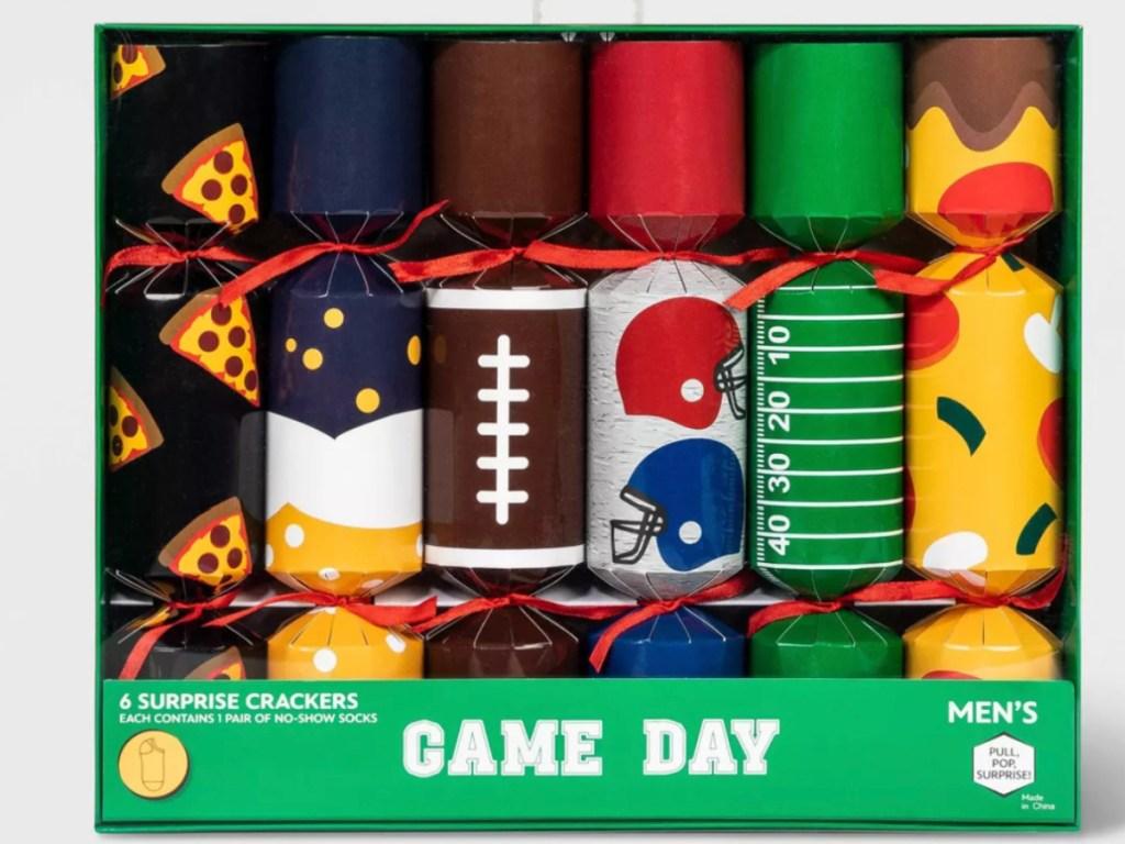 pack of Men's Holiday Surprise Cracker Game Day 6pk Socks
