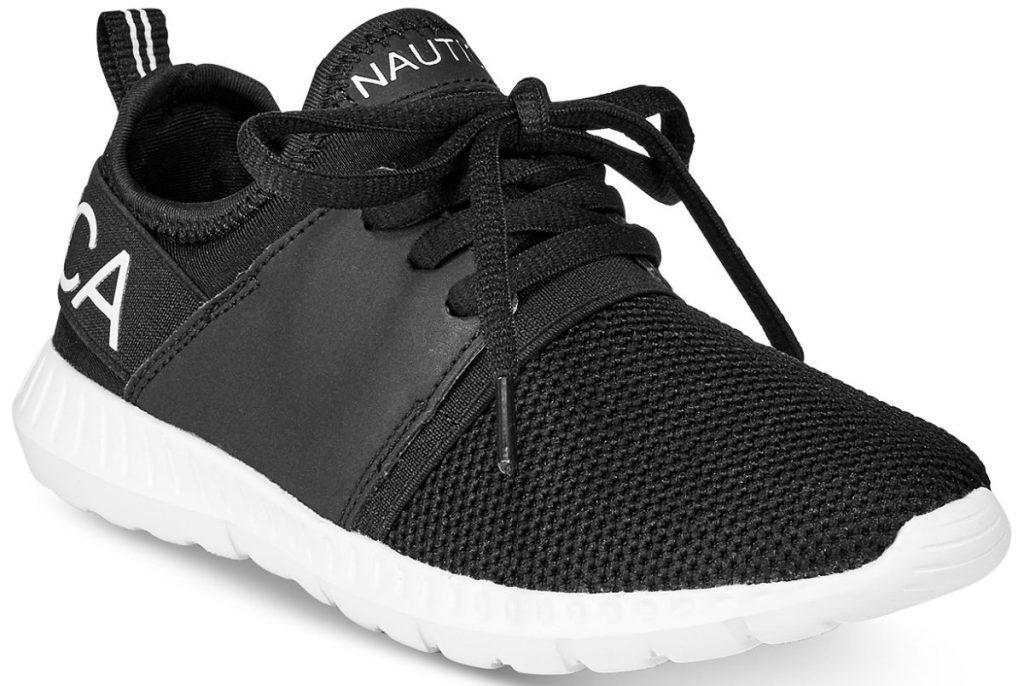 boys black sneaker