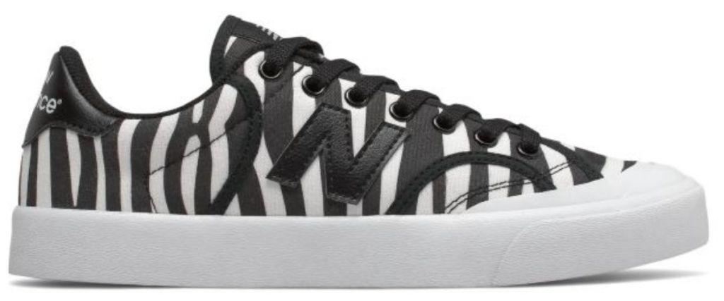 New Balance Men's Pro Court in black and white stripe