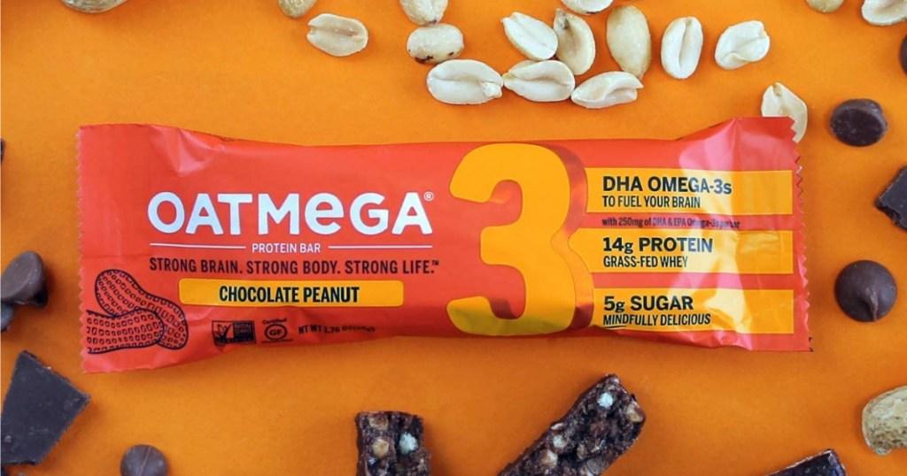 oatmega chocolate peanut protein bar