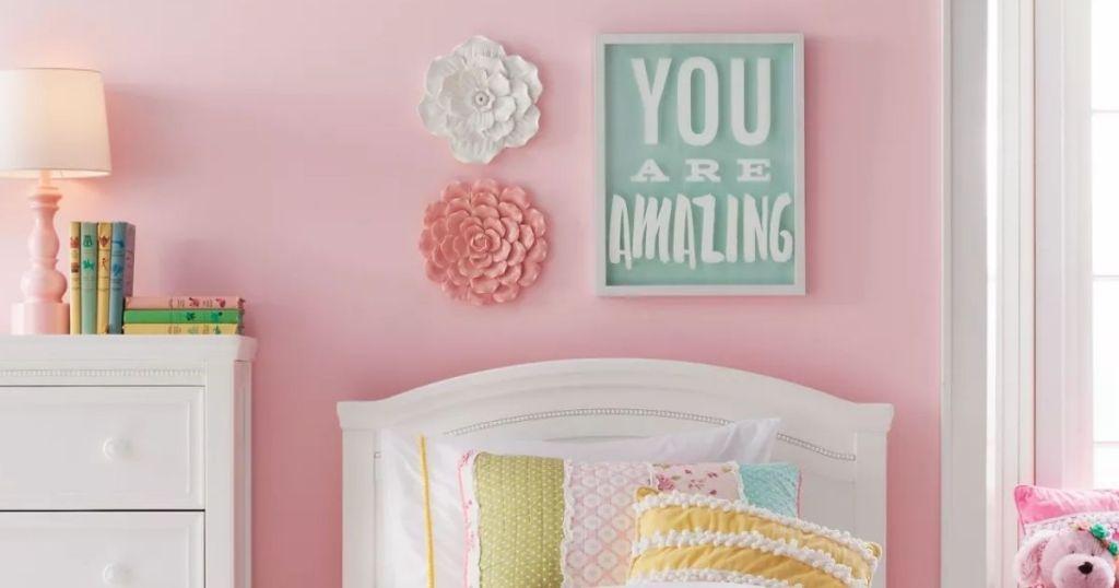 PIllowfort Flower Wall Decor above headboard