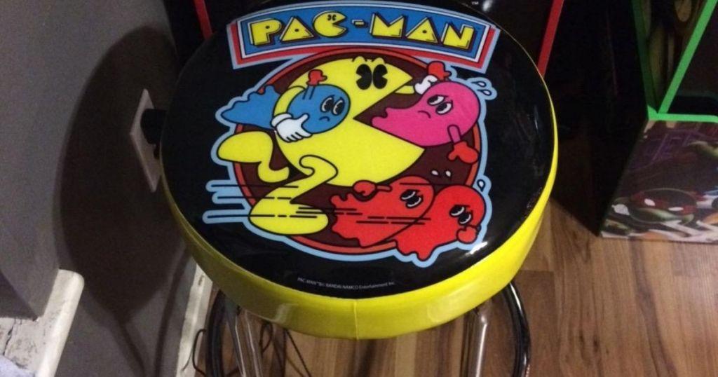 pacman stool close up of seat
