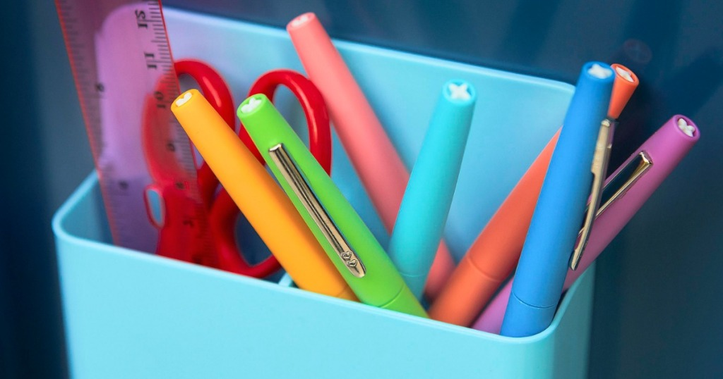 Small organizer filled with felt tip pens