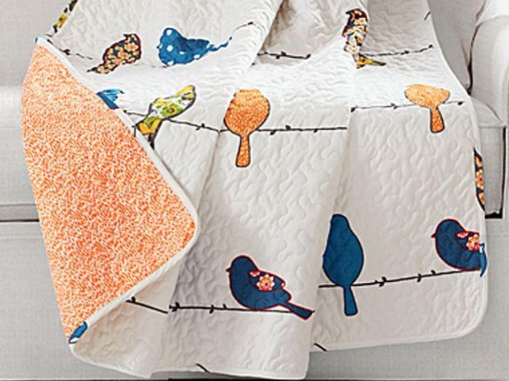 Reversible Cheerful Bird Quilt