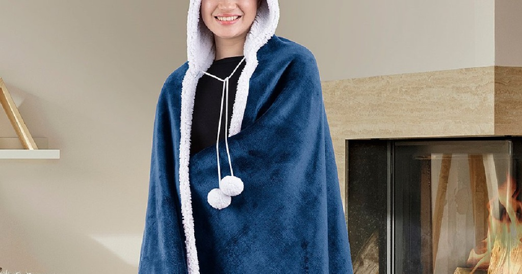 Safdie & Co. Inc Hooded Sherpa Blanket