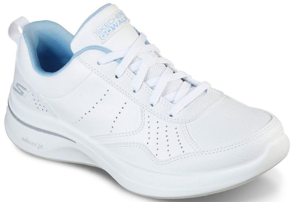 womens white sneaker