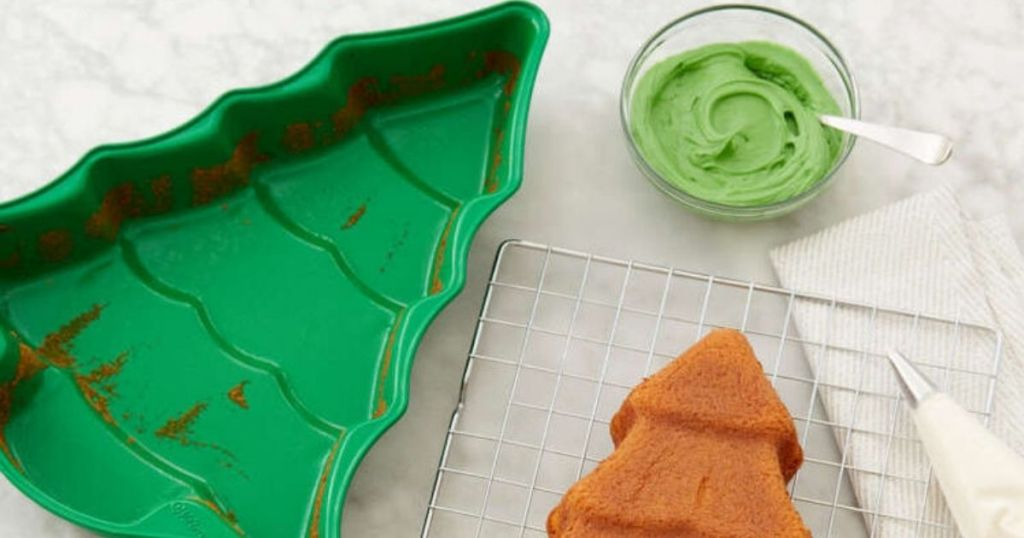 Wilton Christmas Tree Cake Pan with cake and frosting