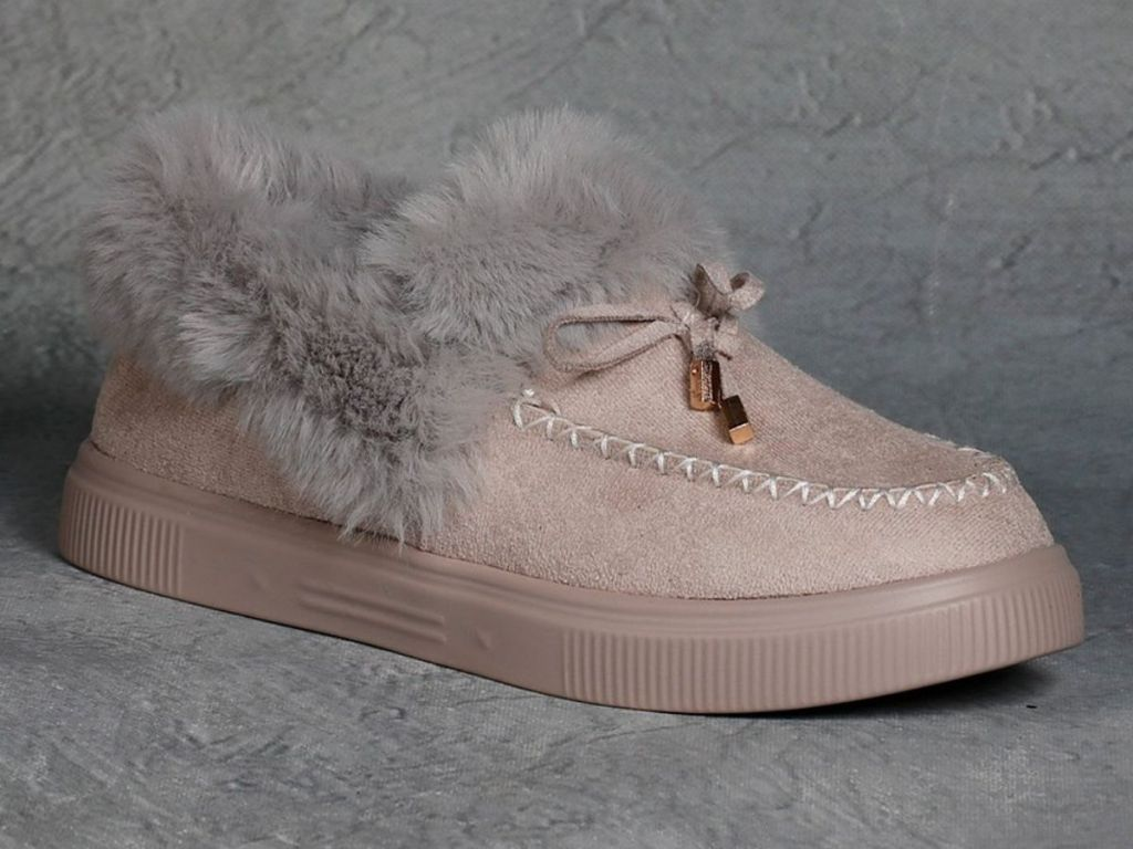 women's faux fur lined mocassin slippers