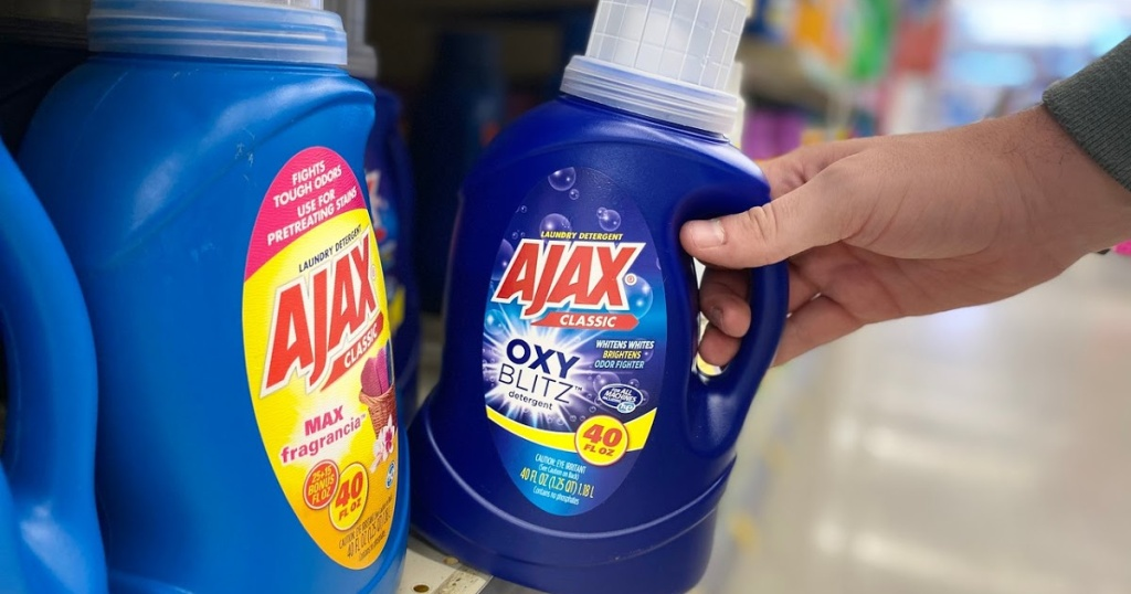 hand reaching out for detergent
