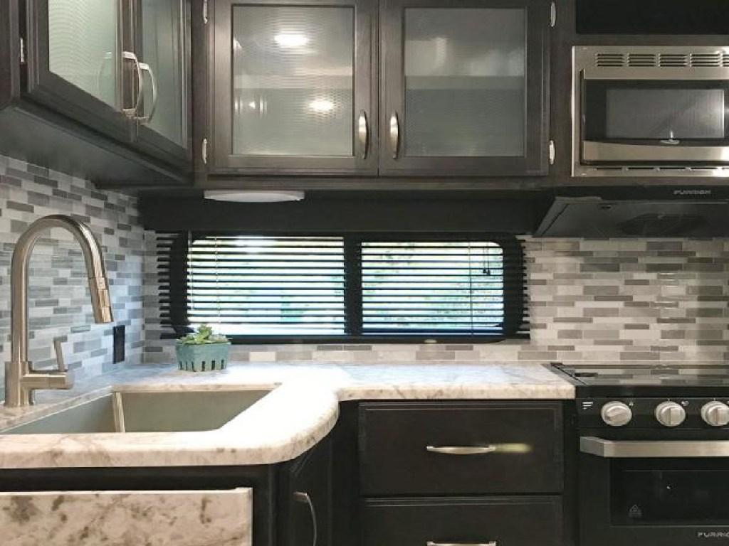 gray backsplash in a kitchen