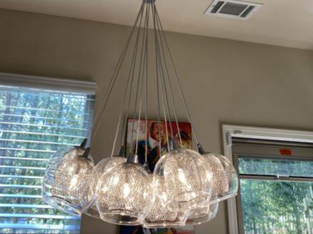 bulb chandelier hanging on ceiling