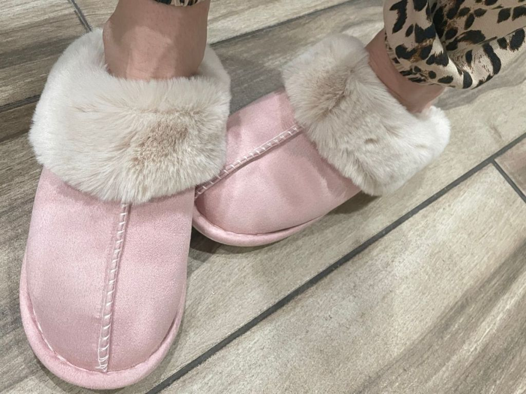 pink and white fluffy slippers