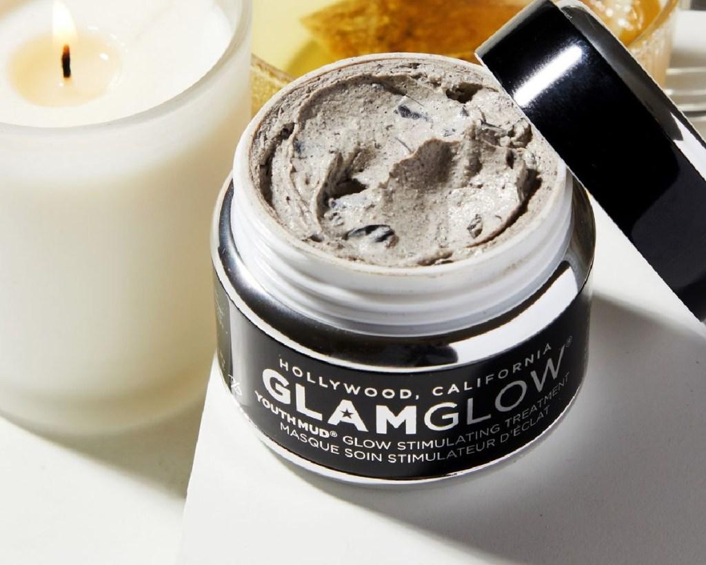 glamglow mud mask opened