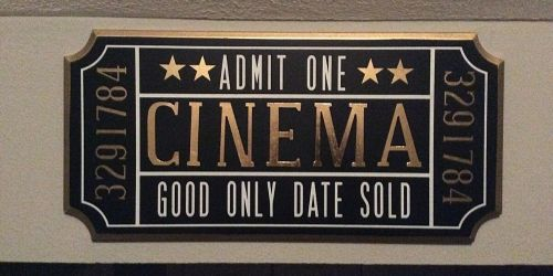 This Reader Created A Movie Theater Atmosphere In Her Home On A Budget
