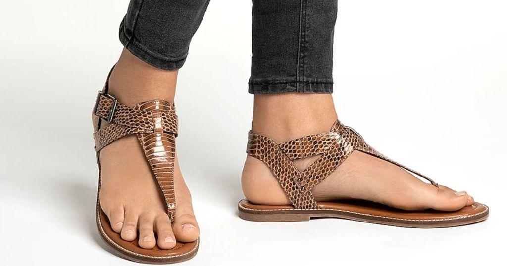 lady wearing DSW Women's Clearance Sandal