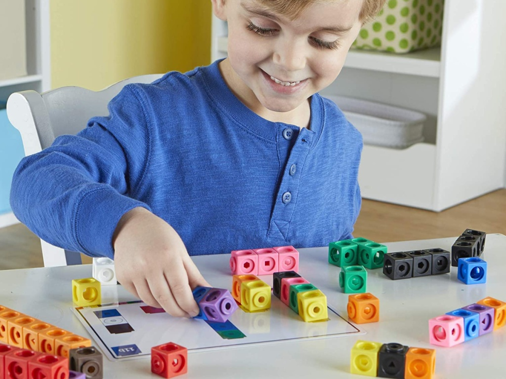 Learning Resources Early Math 115-Piece MathLink Cube Activity Set