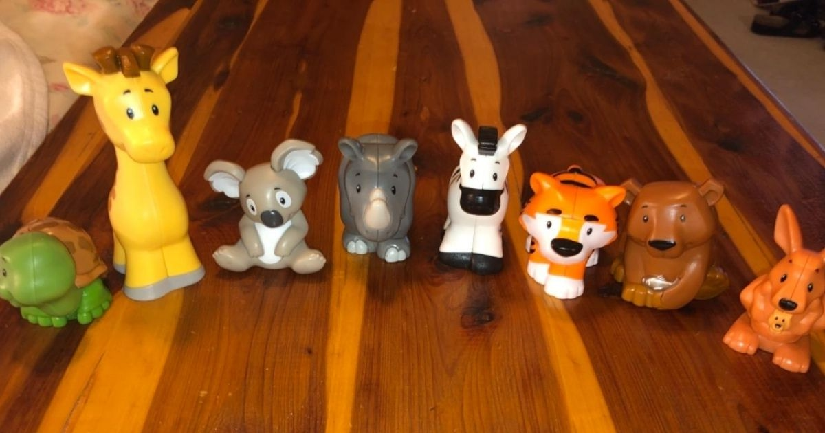 Little People Safari Collection 8-figure set