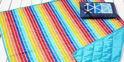 Martha Stewart Reversible Beach Blanket Only $16.97 on Macys.com (Regularly $50)