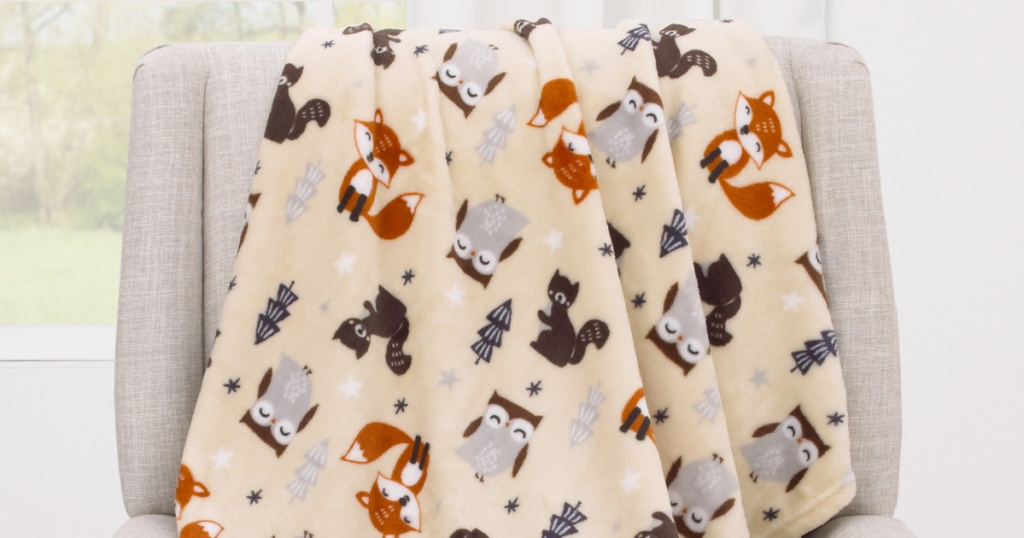 Small plush baby blanket with woodland creatures