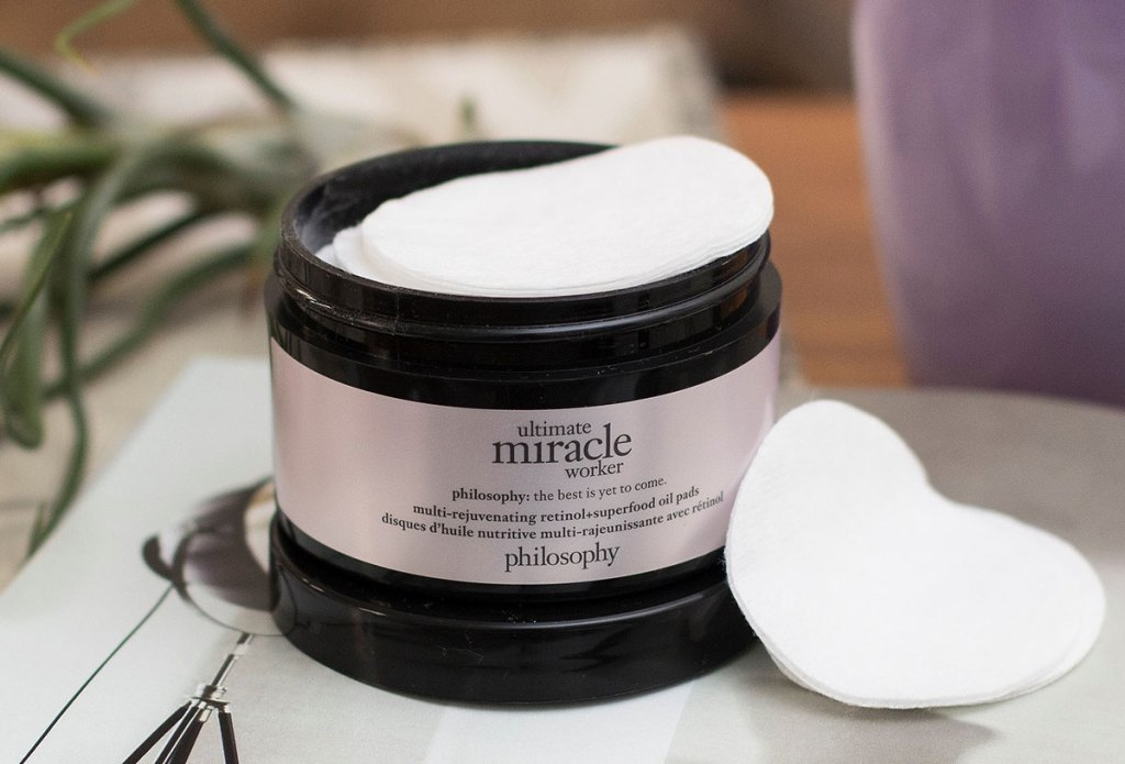philosophy facial oil pads in black jar