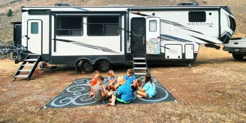Rent an RV from RVshare & Take Your Kids on an Unforgettable Spring Break Road Trip