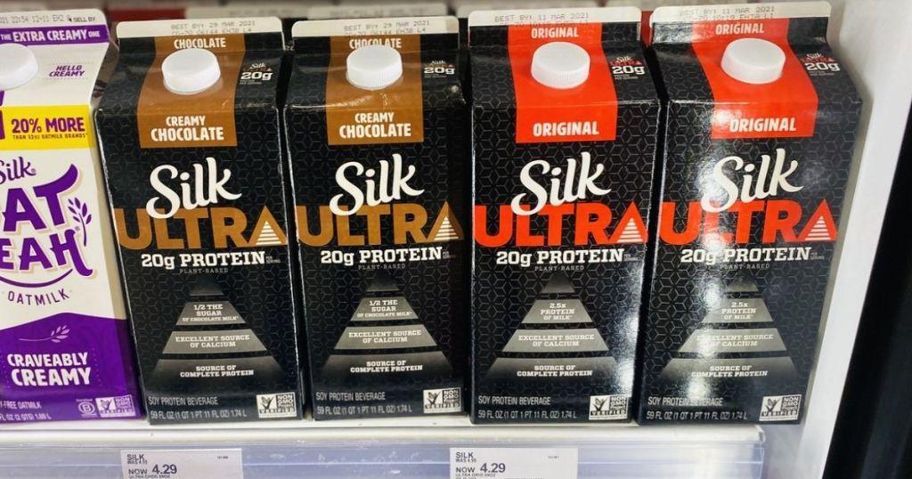 Refrigerator Case with 2 varieties of Silk Ultra