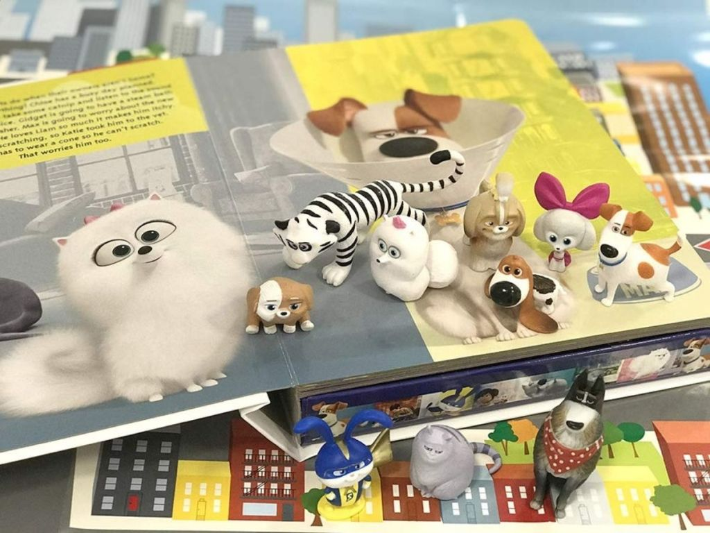 Secret Life of Pets Busy Book