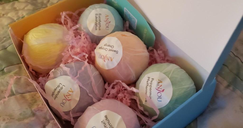 anjou bath bombs 6 in box