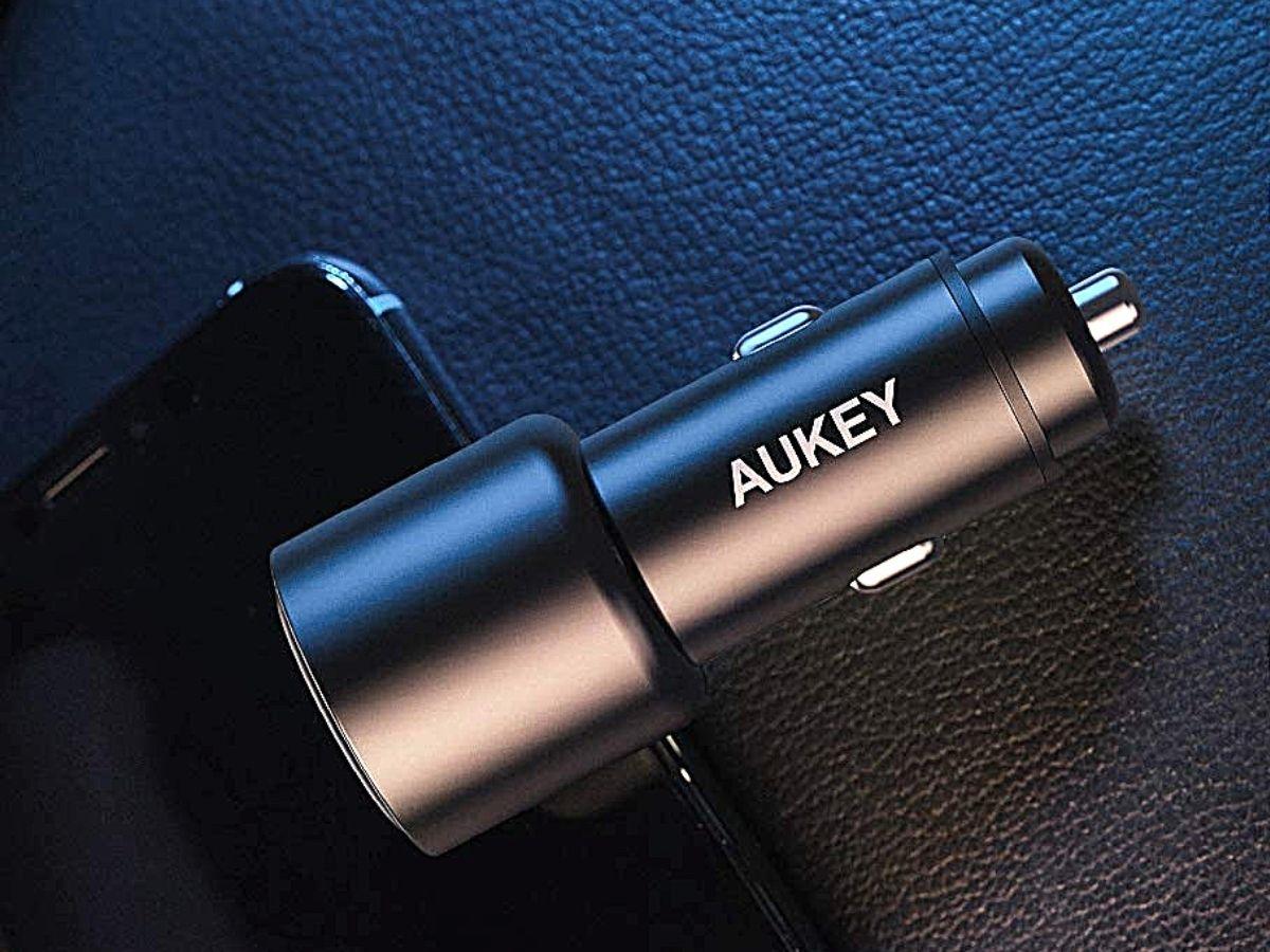 black aukey usb car charger