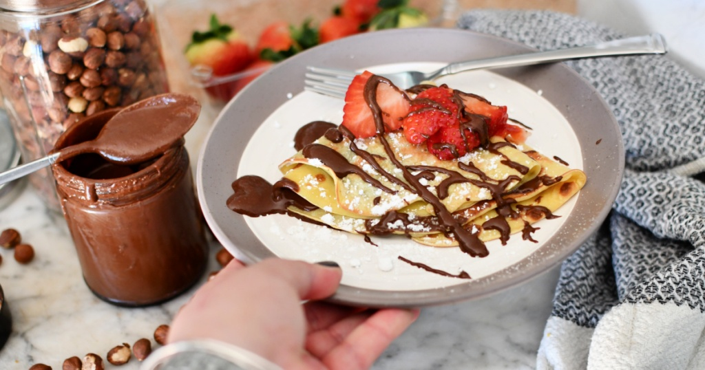 crepes with homemade nutella