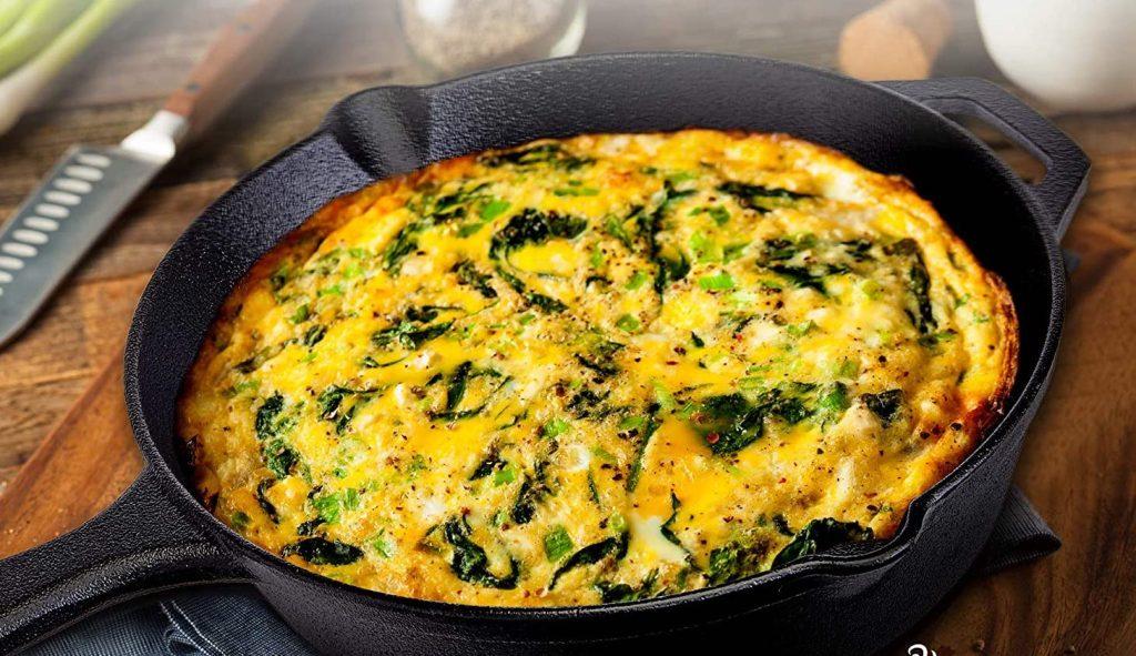 cuisinel skillet w: lid and omelette inside