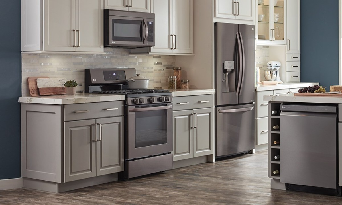 kitchen with new appliances from the Home Depot President's Day sale