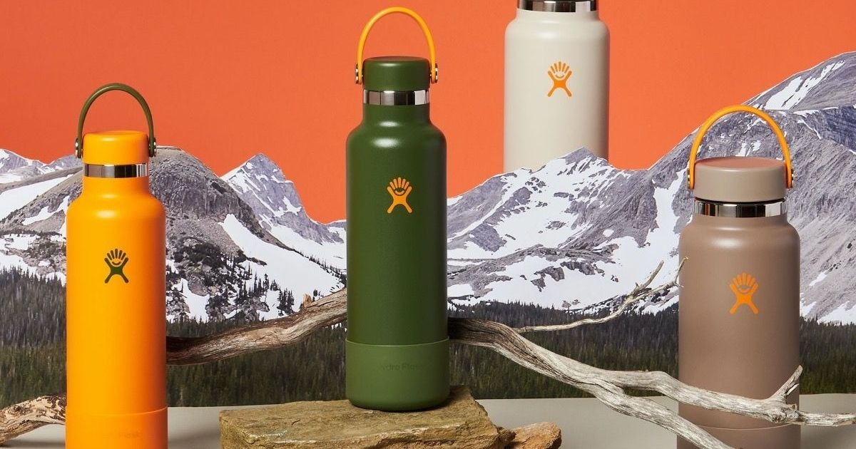 Hydro Flask bottles with mountians
