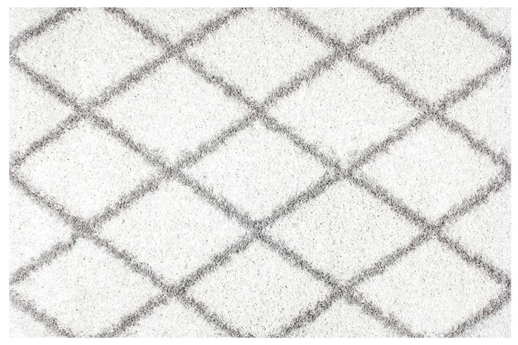 nuLOOM area rug white trellis pattern