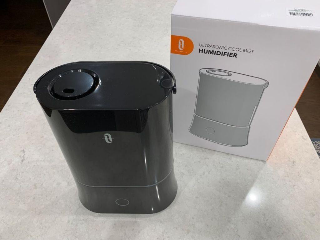 black Taotronics humidifier and box