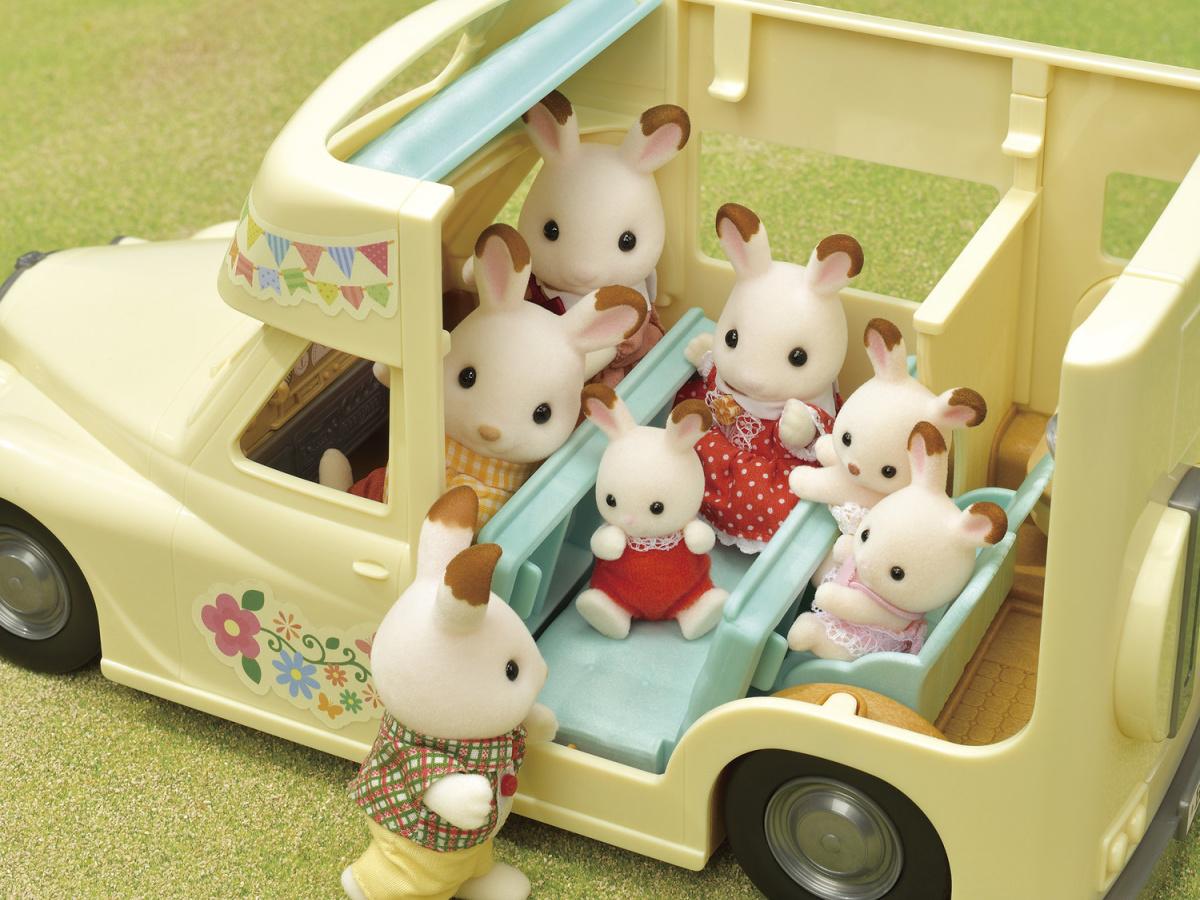 animal figures in family campervan playset
