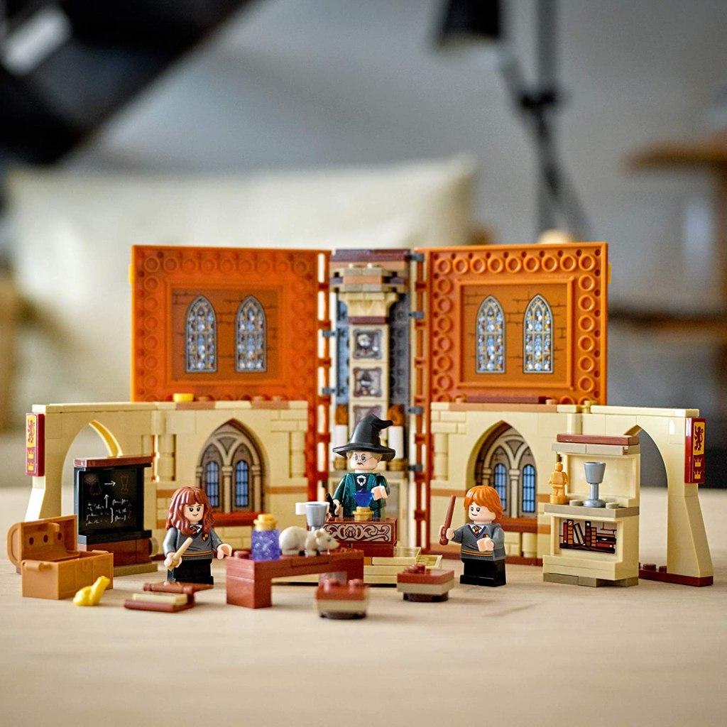 LEGO Harry Potter Hogwarts Moment- Transfiguration Class