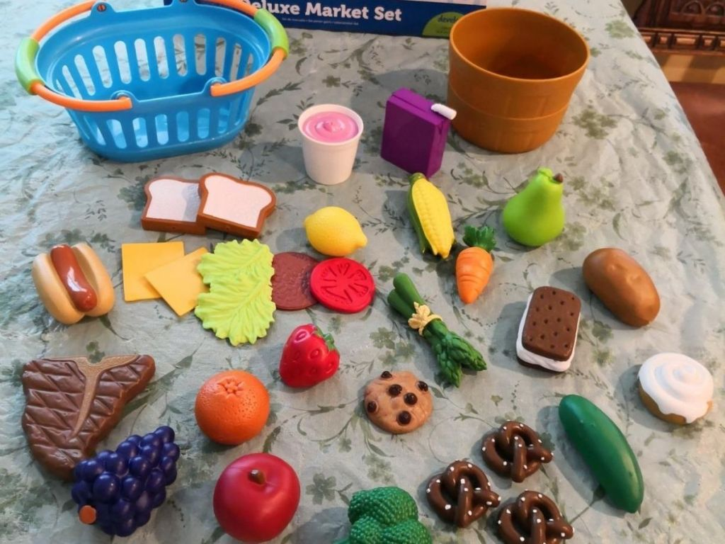Learning Resources Deluxe Market Set