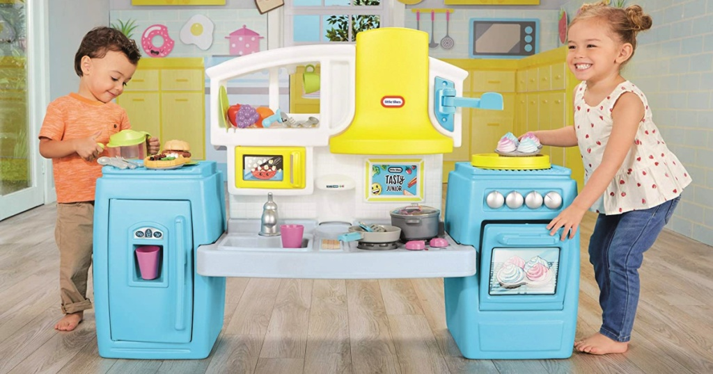 Little Tikes Tasty Jr. Bake 'N Share Kitchen Role Play Kitchen & Activity Set